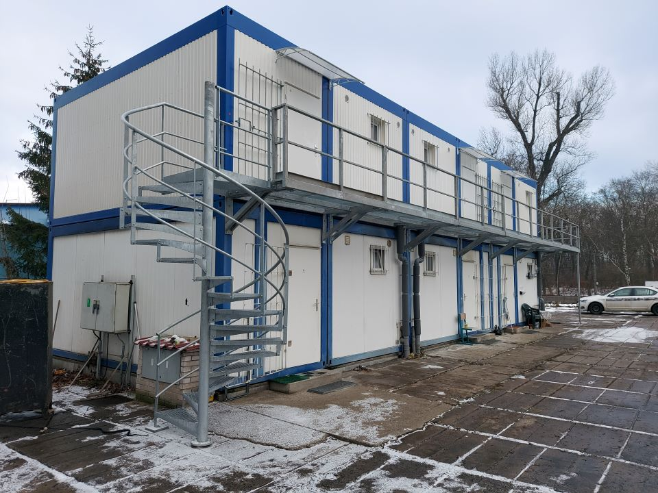Modular buildings - Extension premises of a resting accomodation for drives
